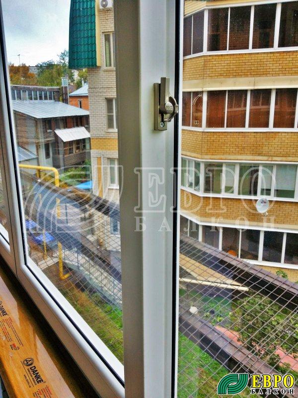 Оконные рамы на балкон.